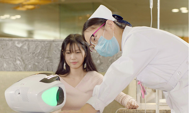 hospital service robot, robots used in hospitals, medical assistant robot